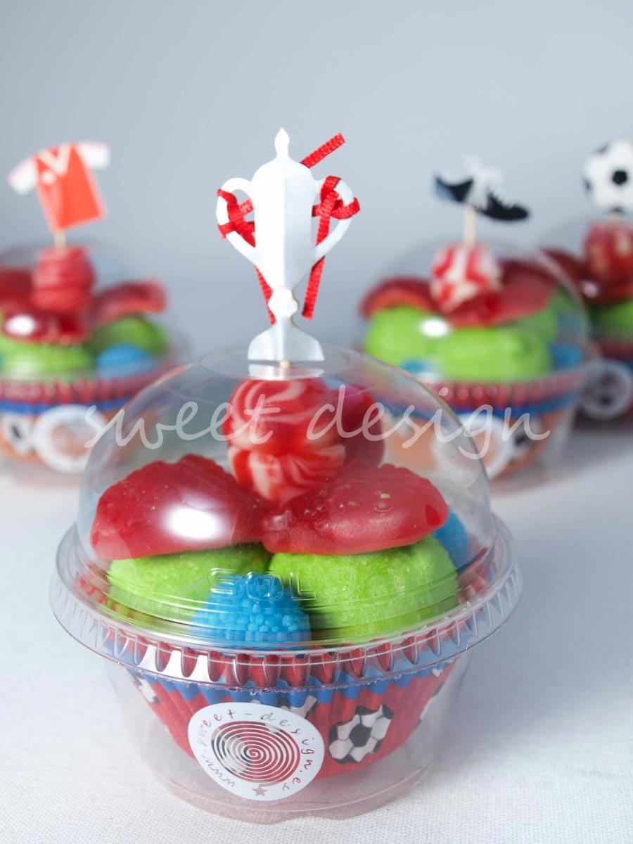 Vasito cupcake con adorno de f tbol sweet design - Adornos con golosinas ...