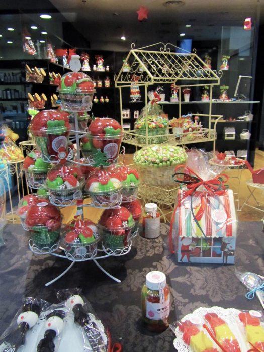 tienda de chuches abc serrano cup cakes con gominolas en la tienda de madrid