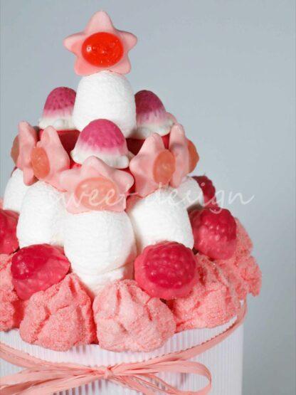 Tarta de cumpleaños con estrellas rosas