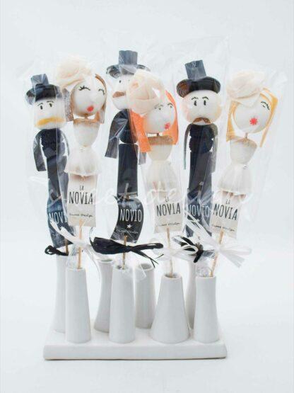 Muñecos de novios de gominolas