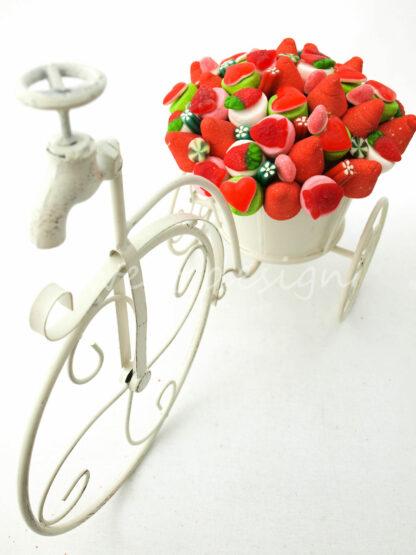 Bici decorada con gominolas