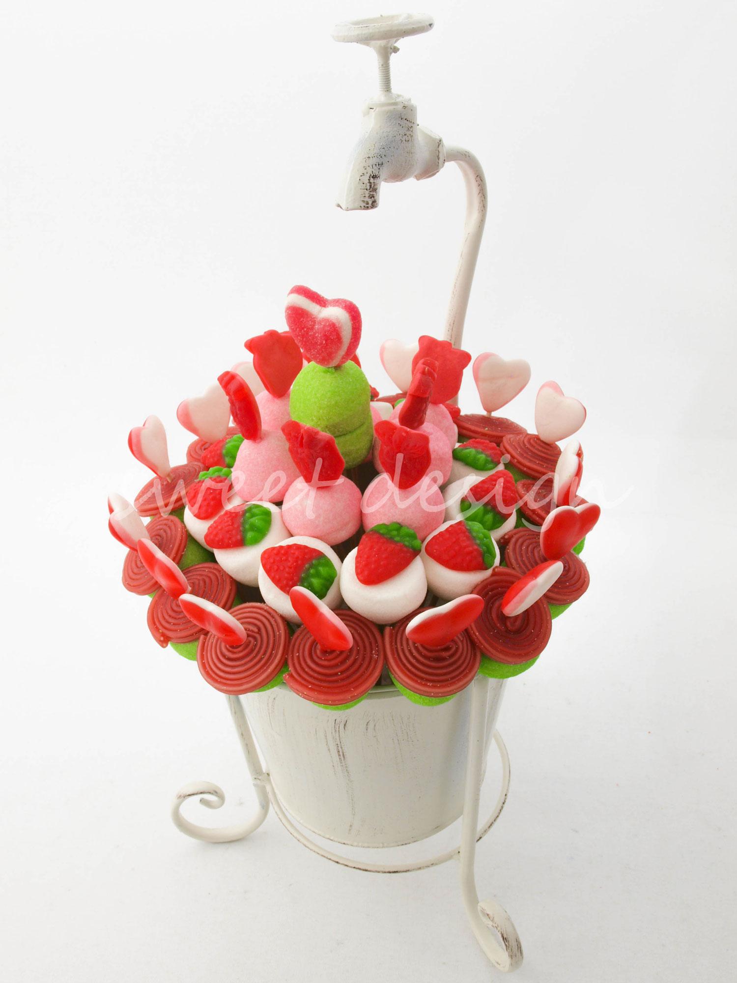 Dise o en forja con grifo rojo verde blanco sweet design - Centros navidenos de mesa ...