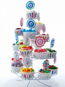 Expositor cup cakes de circo para buffet de golosinas