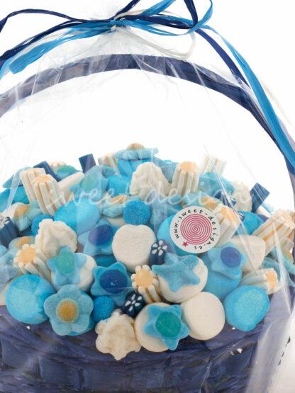 Tarta de chuches con cesta para nacimiento bebe