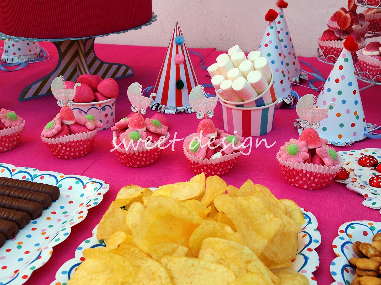 Candy bar baby shower for Ideas para mesas de chuches