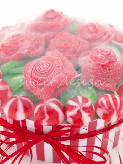 Tarta de rosas con chuches