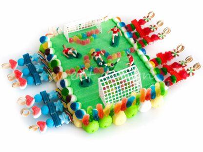 Futbolín con golosinas