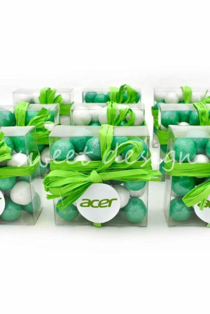 bolas de chocolate con colores corporativos